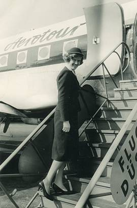 3.4 stewardess