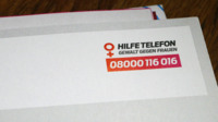 Collage hilfetelefon logo